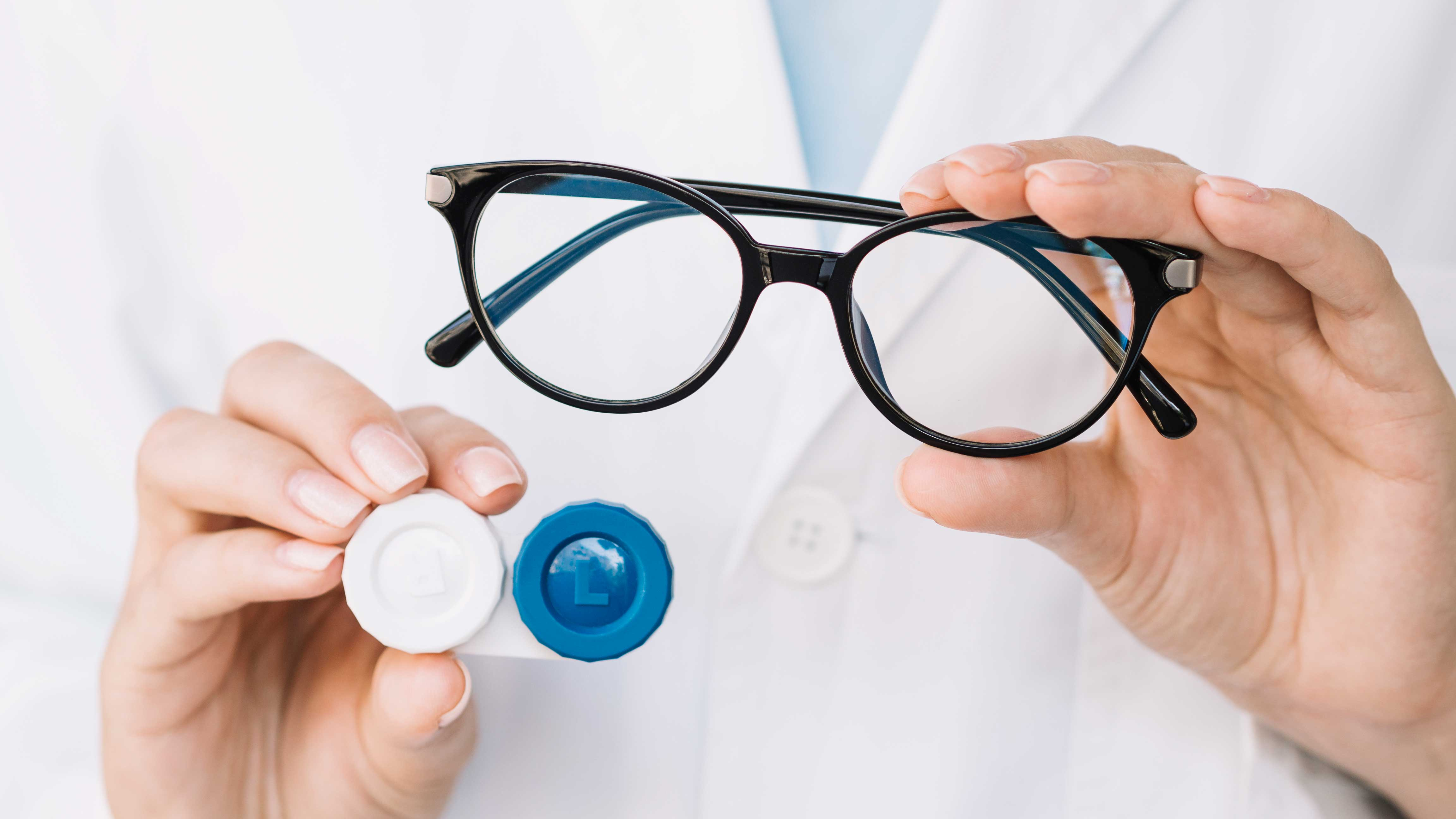 Switch From Contact Lenses To Glasses To Avoid COVID-19